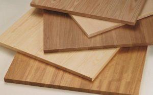 chapado con listones de madera tableros